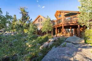 Blue Sky Mountain Ranch, Case vacanze  Black Hawk - big - 52
