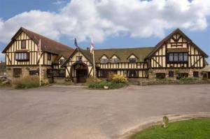 The Horseshoe Inn – RelaxInnz in Herstmonceux, East Sussex, England