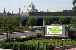 Photo of Tropicana Inn & Suites