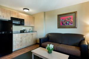 Extended Stay Queen Suite