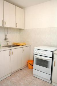 Apartment Sreser 4557a, Apartmány  Janjina - big - 24