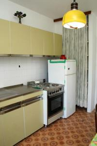 Apartment Sreser 4557a, Apartmány  Janjina - big - 13