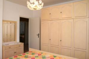 Apartment Sreser 4557a, Apartmány  Janjina - big - 2