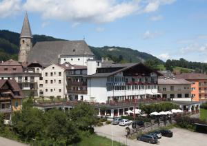 Photo of Alpenhotel