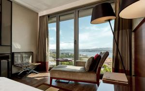 Deluxe Double Room with Bosphorus View