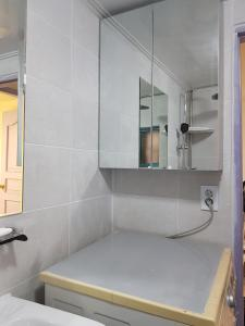 Feel Home Apt 3min walk from subway, Appartamenti  Seul - big - 24