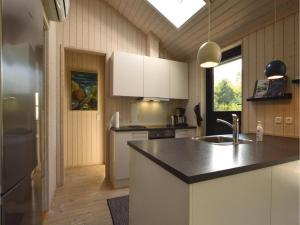 Four-Bedroom Holiday Home in Farevejle, Holiday homes  Fårevejle - big - 21