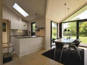 Four-Bedroom Holiday Home in Farevejle, Holiday homes  Fårevejle - big - 20