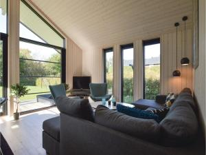 Four-Bedroom Holiday Home in Farevejle, Holiday homes  Fårevejle - big - 8
