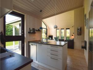 Four-Bedroom Holiday Home in Farevejle, Holiday homes  Fårevejle - big - 19