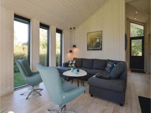 Four-Bedroom Holiday Home in Farevejle, Holiday homes  Fårevejle - big - 5