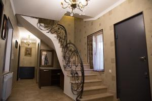 Well Done House, Guest houses  Tbilisi City - big - 34