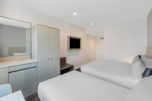 Travelodge Hotel Sydney Airport Zimmerfotos