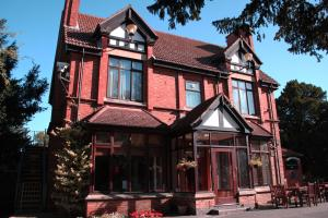 Picture of Blaby Westfield House Hotel