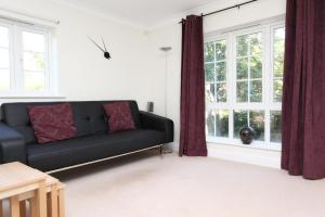 Discovery Court Apartment in Newbury, Berkshire, England