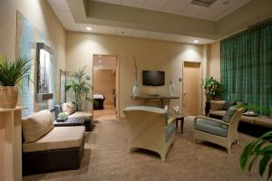 Embassy Suites Charlotte - Concord/Golf Resort & Spa, Hotely  Concord - big - 21