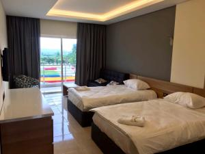 Waterland Hotel and Resort room photos