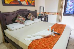 Double Room with King Bed
