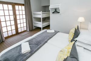 Deluxe Twin Room with Bunk Bed