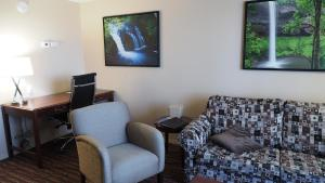 Deluxe Family Suite with Sofa Bed - Non-Smoking
