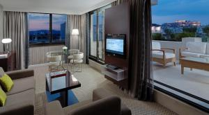Balcony Suite with Club Lounge Access