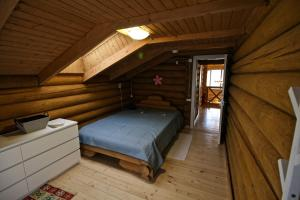 Canadian Log House, Villas  Bakuriani - big - 13