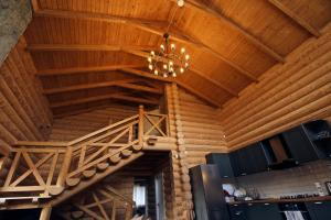 Canadian Log House, Villas  Bakuriani - big - 40