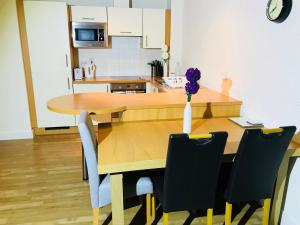 Oldbury Town Centre Apartment, Appartamenti  Oldbury - big - 17