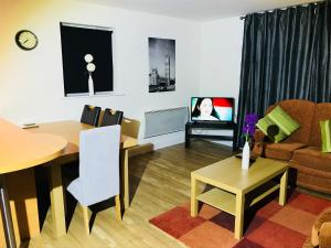 Oldbury Town Centre Apartment, Appartamenti  Oldbury - big - 1