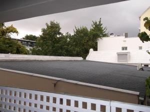 Two-Bedroom Apartment with Balcony and Garden View