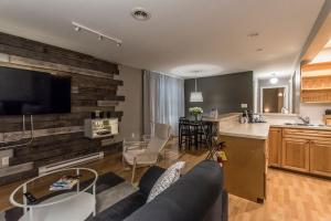 Two-Bedroom Suite - Lester