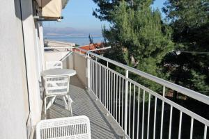 Apartment Slatine 5999d, Appartamenti  Slatine - big - 2