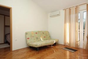 Apartment Slatine 5999d, Appartamenti  Slatine - big - 12