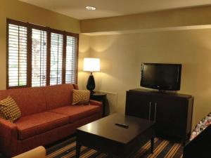 Extended Stay America - Boston - Waltham - 32 4th Avenue, Aparthotels  Waltham - big - 19
