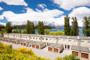 Super Central Lakeside Villa, Holiday homes  Queenstown - big - 2