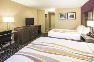 Deluxe Room with Two Double Beds