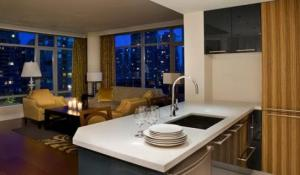 Signature One Bedroom Suite with Kitchen
