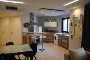 L'IDEA FERRARI, Apartmanok  Cannes - big - 9