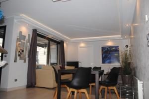 L'IDEA FERRARI, Apartmanok  Cannes - big - 1