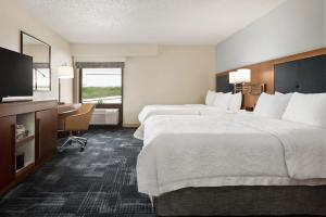 Queen Room with Two Queen Beds Hearing Accessible