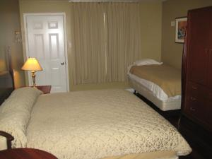 King Room with Single Bed