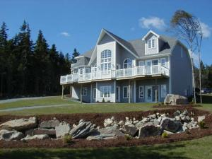 Photo of A1 Lakeview Executive B&B