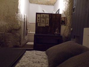 Les Troglos de Beaulieu, Bed and Breakfasts  Loches - big - 41