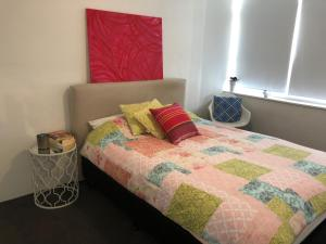 Modern Great value 2 bedroom with Netflix, Apartmány  Brisbane - big - 3