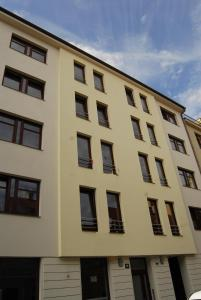 Kral Apartments