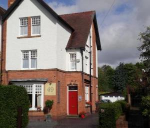 Wellington Lodge Luxury Bed And Breakfast in Bromsgrove, Worcestershire, England