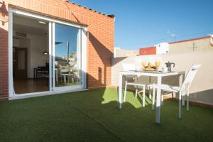 Flatsforyou Port Design, Apartments  Valencia - big - 39