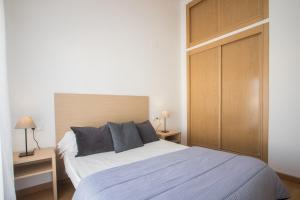 Flatsforyou Port Design, Apartments  Valencia - big - 70