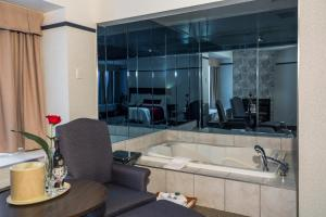 Junior Suite with Fireplace and Double Spa Bath