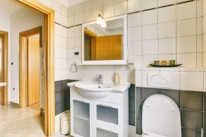 Apartments Roy, Apartmanok  Medulin - big - 5
